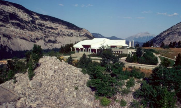 A view of the Frank Slide Interpretive Centre above the rocks of the slide. (Alberta Culture and Community Services)