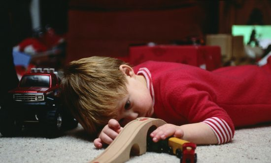 Keep Kids Safe From Loud Toys This Holiday Season