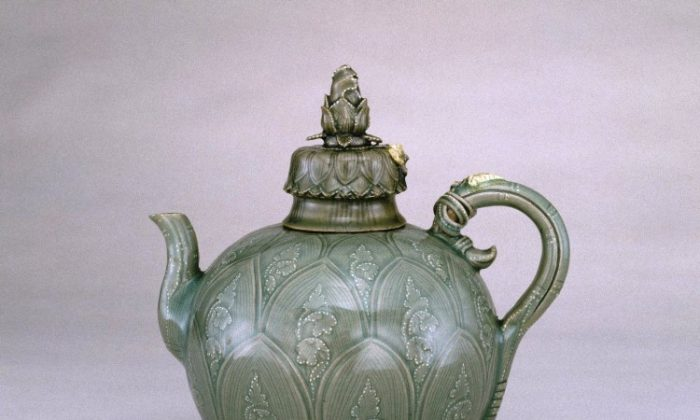 The Brooklyn Museum is in possession of a world-famous glazed, green ewer with cover from Korea's Goryeo Dynasty (918–1392). Its body, lid, and knob are in the form of lotuses, and the handle is a lotus stalk tied at the top with reeds. Stoneware with underglaze slip decoration and glaze. (Brooklyn Museum)