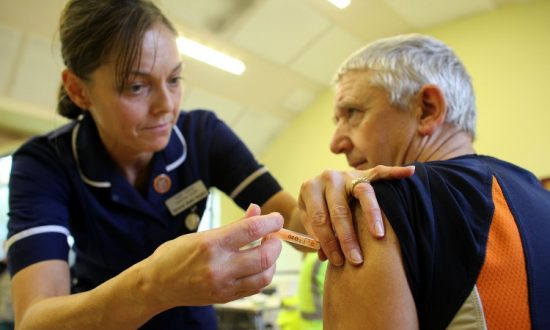 Scientists Warn Evidence for Flu Vaccine Is 'Biased'