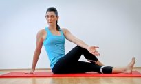 Move of the Week: Spine-Rotation Stretch