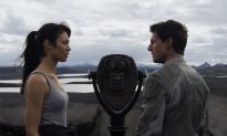 Movie Review: 'Oblivion,' A Whiter Shade of Pale