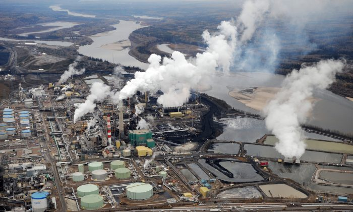 Aerial view of the Suncor oil sands extraction facility near Fort McMurray in Alberta. A new online data portal launched by Environment Canada and the government of Alberta provides access to data on air, water, land, and biodiversity in the oilsands area. (Mark Ralston/AFP/Getty Images)