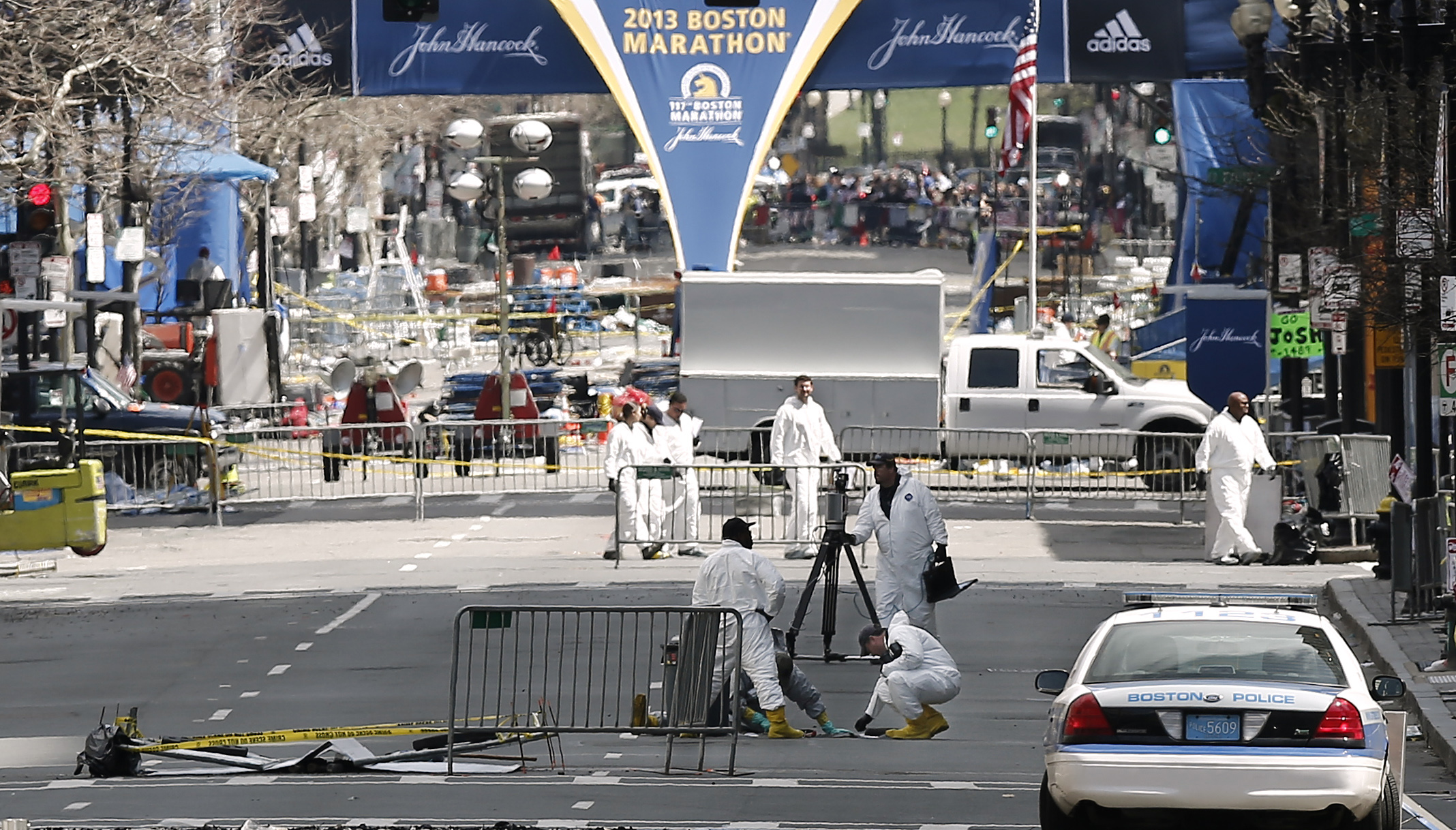 Bomb Suspect Images: Investigators May Have Found Individuals 'To speak with'