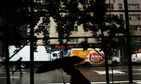 Umbrella 'Assault Rifle' Report Forces NJ Train Delay