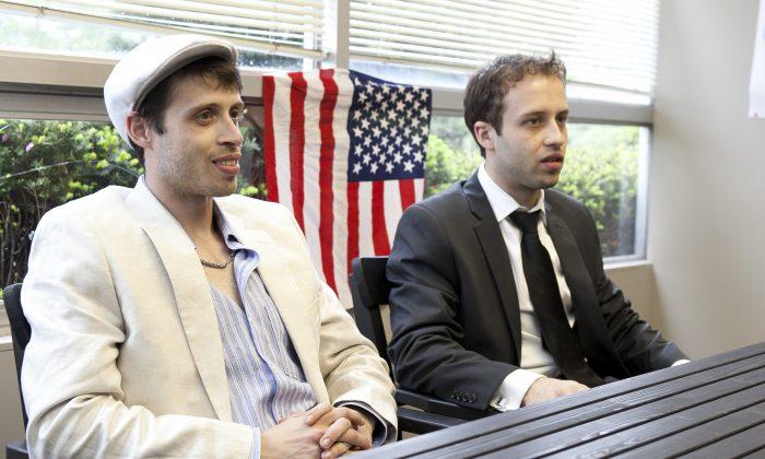 Brothers Uri Elam (L) and David Elam (R). (Samira Bouaou/The Epoch Times)