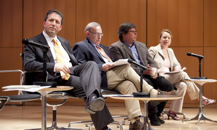 (L to R) New York City Council member Brad Lander, Columbia University professor of Sociology and Education Aaron Pallas, former director of Vera Institute of Justice Michael Jacobson, and University of Pennsylvania assistant professor Laura Wolf-Powers, sit on a panel to discuss their progressive policy vision for the next mayor of New York City on May 10. (Samira Bouaou/The Epoch Times)