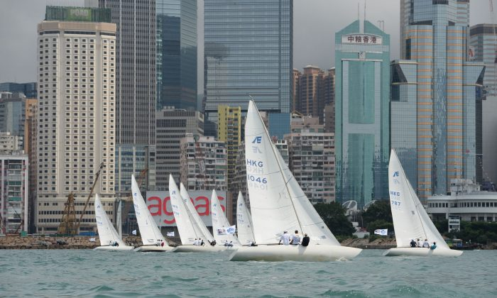 Etchells setting off on Race-1 of the RHKYC Spring Regatta on Saturday May 18 in Victoria Harbour, Hong Kong. (Bill Cox/The Epoch Times)