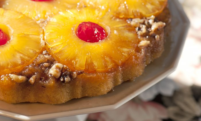 Pineapple Upside-Down Cake. (Cat Rooney/The Epoch Times)