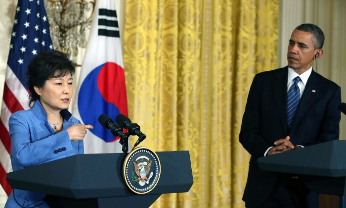 South Korea President Park Geun-hye and U.S. President Barack Obama hold a news conference in the East Room at the White House, May 7, 2013. (W. Mark Wilson/Getty Images)