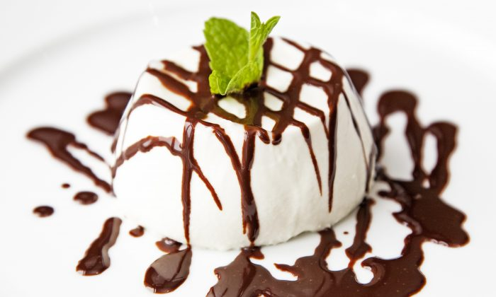 Panna cotta with chocolate sauce. (Stefano Ortega)