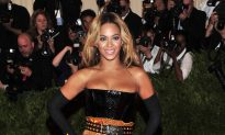 Beyonce Attacked by 'Fan' at Montreal Concert