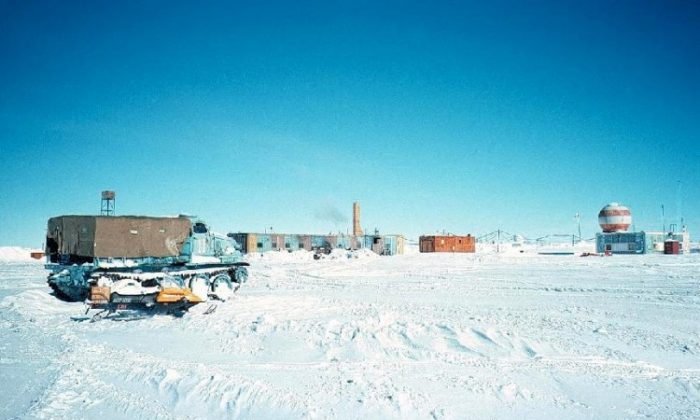 A general view of Vostok Station, circa 1997. On the left is a World War II era tracked vehicle next to a skidoo used by U.S. scientist Stephen Price and the people with him. (Stephen Price)