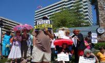 Newtown Shooting Anniversary Draws Protests in Atlanta