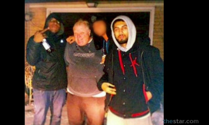 """A screenshot of the Toronto Star shows Mayor Rob Ford with two other men at what was reported as a house on 15 Windsor Rd. Neighbors said the home was a """"crack house."""""""