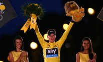 Chris Froome Wins 100th Tour de France in Finest Fashion