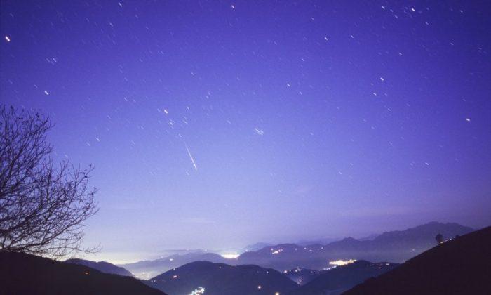 Aurigid Meteor Shower 2013 Peaks at Dawn on Sunday