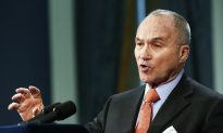 NYPD's Kelly Says He Won't Back Down on Stop-and-Frisk