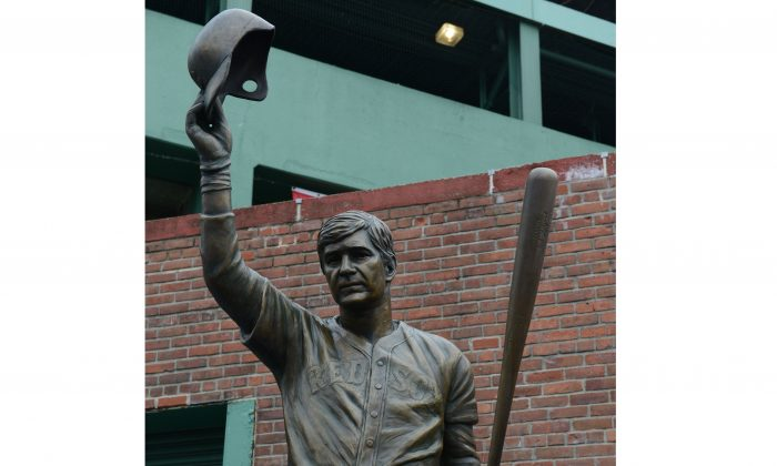 The statue of former Red Sox great and Hall-of-Famer Carl Yastrzemski at Fenway Park on September 22, 2013 in Boston, Massachusetts. (Darren McCollester/Getty Images)