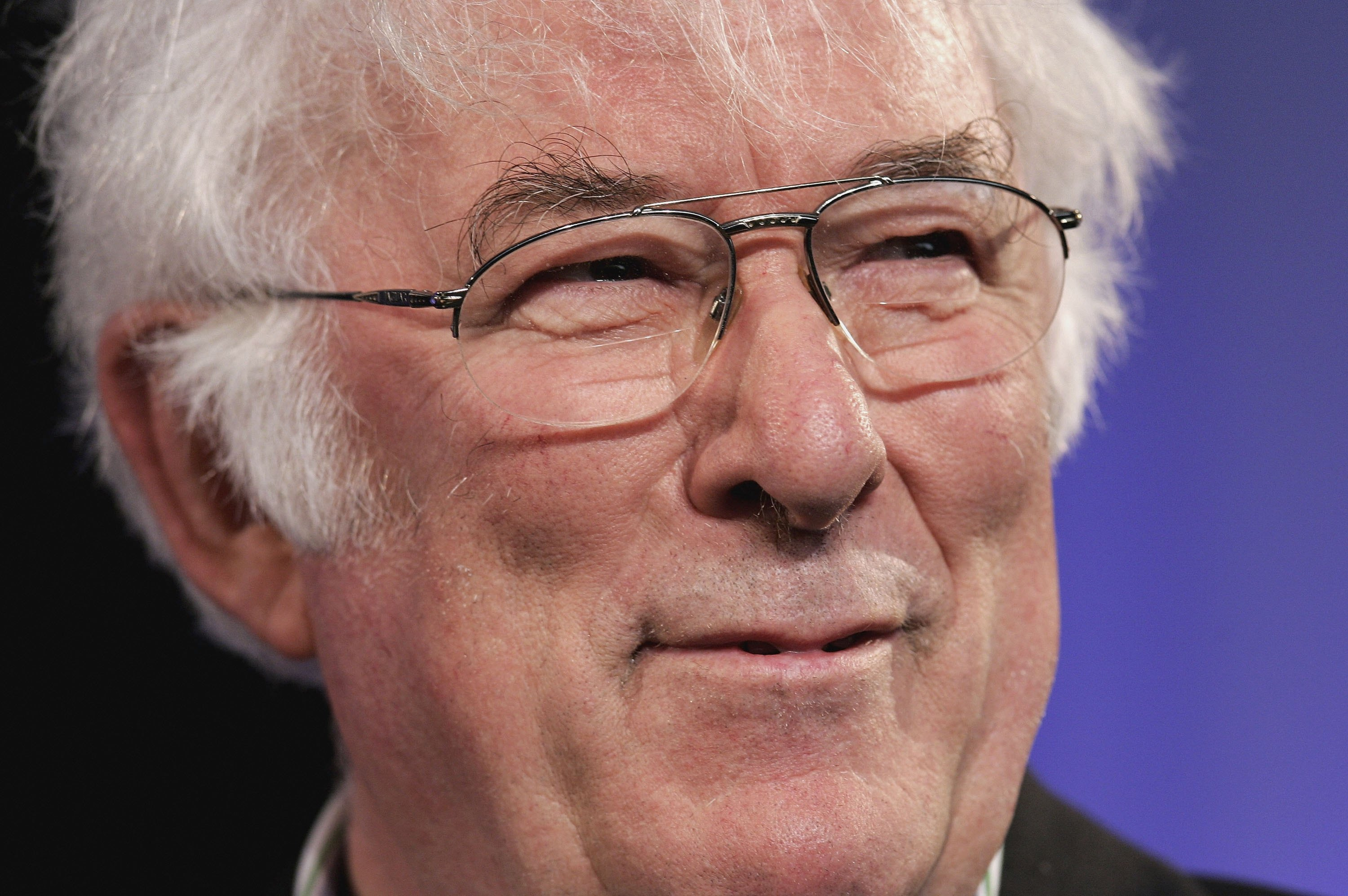 seamus heaney thatcher Door into the dark has 225 ratings and 26 reviews  a thatcher a more flag 1  title taken from the first line of seamus heaney's poem the.