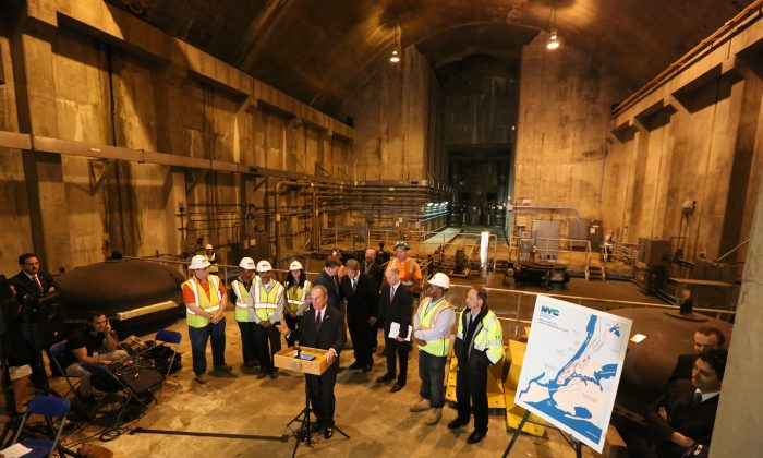 Mayor Bloomberg announces completion of Manhattan portion of Water Tunnel No. 3, one of the largest infrastructure projects in New York City history on October 16, 2013. (Spencer Tucker/New York City Mayor's Office)