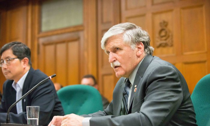 Senator and former general Romeo Dallaire discusses the human rights situation under the North Korean regime during a conference in Ottawa on Tuesday. (Matthew Little/Epoch Times)