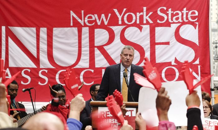 Public Advocate and mayoral nominee Bill de Blasio at a rally of the New York State Nurses Association, New York City Hall, Oct. 17, 2013. (Photo submitted anonymously)
