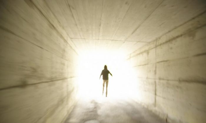 Recent explanations from neuroscience of near death experiences have several flaws and are unable to account for the rich experiences people report. (Photos.com)