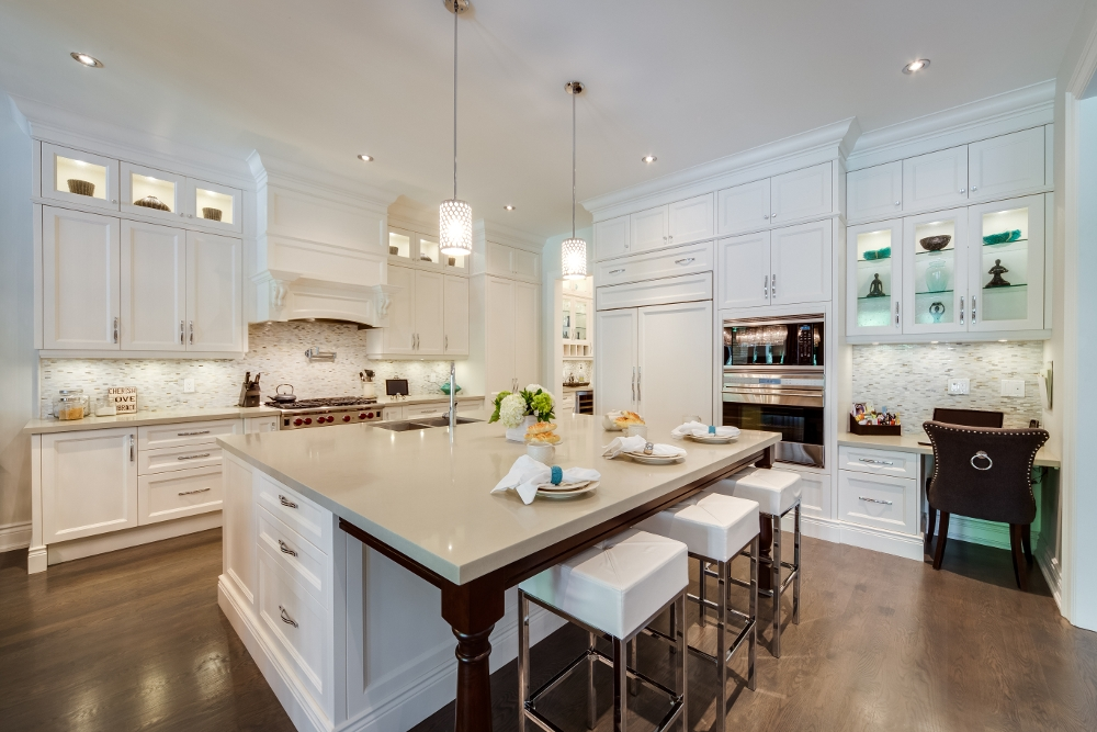 Small Kitchen Decorating Ideas For Home Staging: Staging Your Kitchen: Six Tips From Staging Professionals