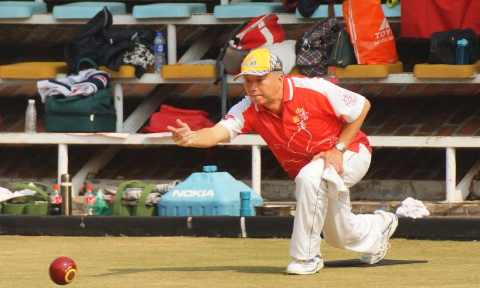 Hong Kong skipper Andy Chan maintained an intense focus during the Semi-final against Shanghai, but the opponent was too strong. Hong Kong lost the game and only finished fourth in the lawn bowls tournament at the 2013 National Bocce Elite Match. (Mike Worth)