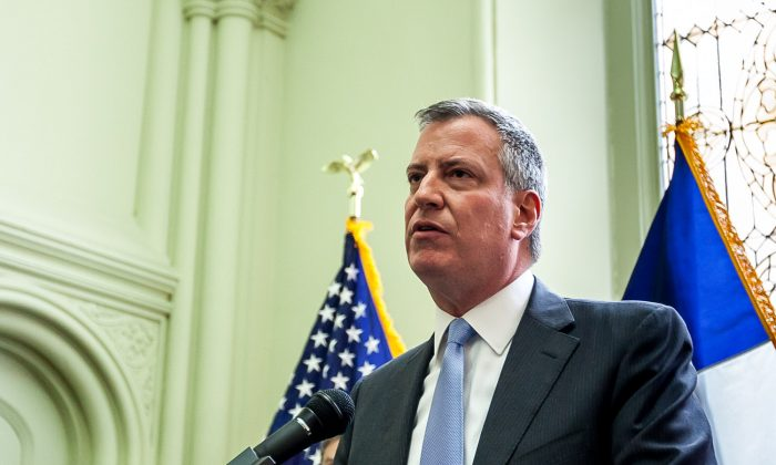 Mayor-elect Bill de Blasio at a press conference in New York on Nov. 6, 2013. (Petr Svab/Epoch Times)