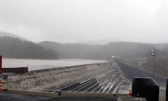 The Schoharie Reservoir is held back by the Gilboa Dam on Monday, Oct. 29, 2012, in Gilboa, N.Y. (Mike Groll/AP)