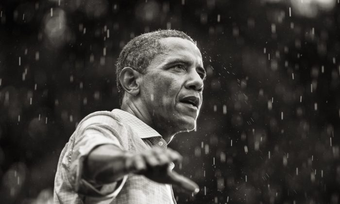 2013's International Photographer of the Year. The Last Days of Barack Obama's Campaign. (Brooks Kraft/IPA)