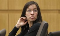 Jodi Arias Trial: Sentencing Pushed Back; Arias May Have to Get New Lawyers