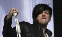 Ian Watkins Dead? No, Reports About Former Lostprophets Singer Committing Suicide Are Wrong