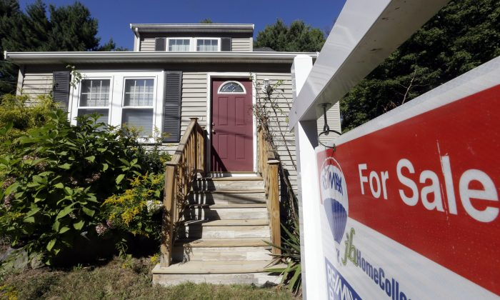 The run-up in home sales during the summer months was likely due to homebuyers locking in fixed-rate pre-approved mortgages before rates moved higher. (AP Photo/Steven Senne, File)