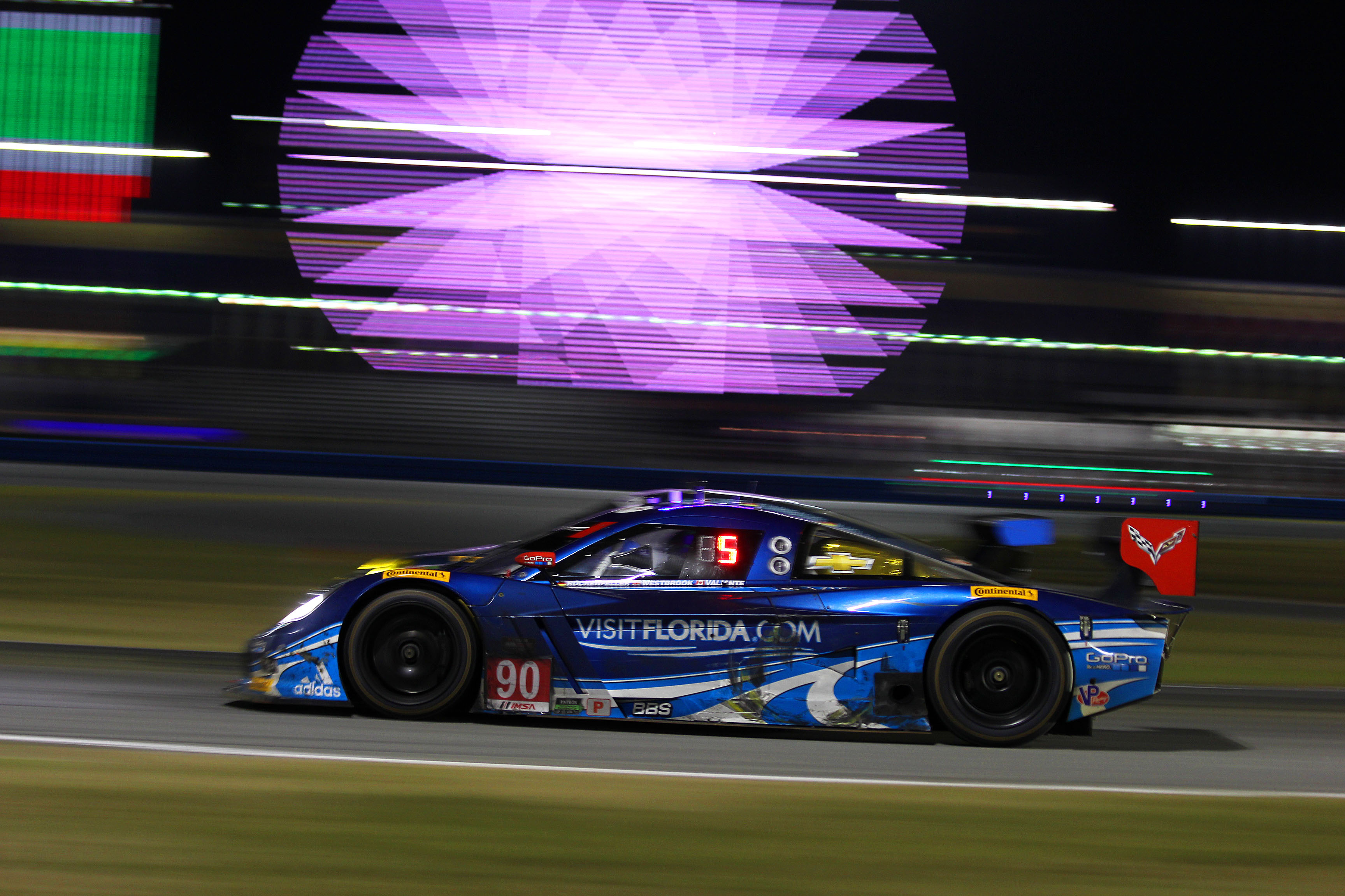 The 52nd Rolex had loud, fast cars running from afternoon, through 13 hours of darkness and into the next day—but those are only aspects of a sports car endurance race. Sports car fans are a discerning bunch, and demand more than fast loud cars and pretty lights. (Chris Jasurek/Epoch Times)