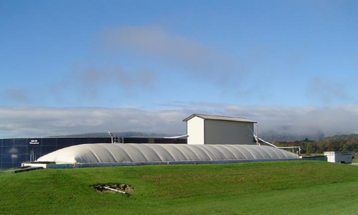 An anaerobic digester on a dairy farm in Homer, N.Y. Farmers in the state are increasingly using this technology, which effectively utilizes cow manure to generate electricity for the farm and reduces odor. (Cornell University PRO DAIRY Dairy Environmental Systems group)