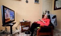 Majority of Seniors Living at Home, StatsCan Study Reveals