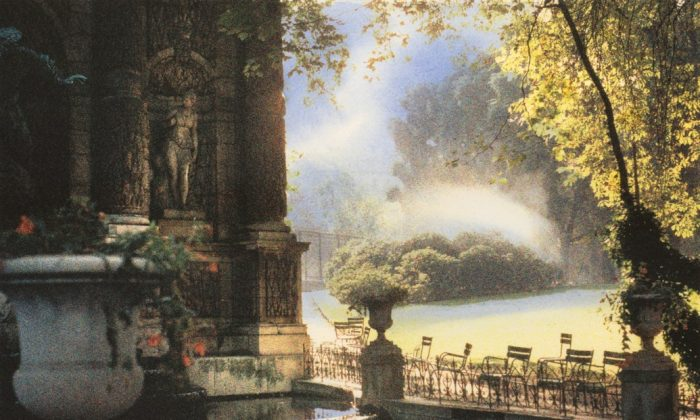 """""""Early Morning, Jardins du Luxembourg, Paris"""" is one of Jennifer Dickson's works displayed in the Giochi d'Acqua exhibition. (Courtesy of Wallack Galleries)"""