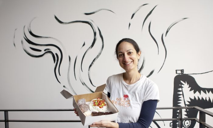 Baker Laura Forer shows off her confections. (Samira Bouaou/Epoch Times)