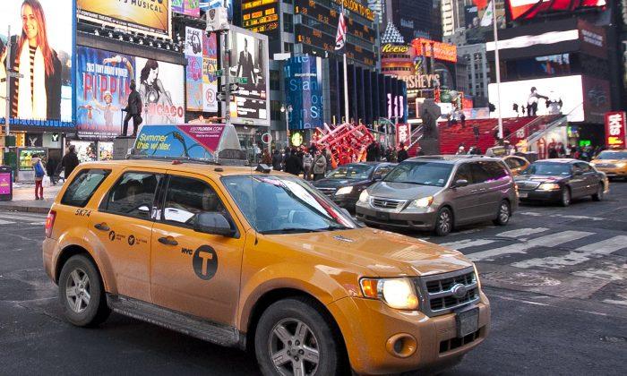 Times Square at Broadway and 46 Street, New York, Feb. 10, 2014. (Samira Bouaou/Epoch Times)