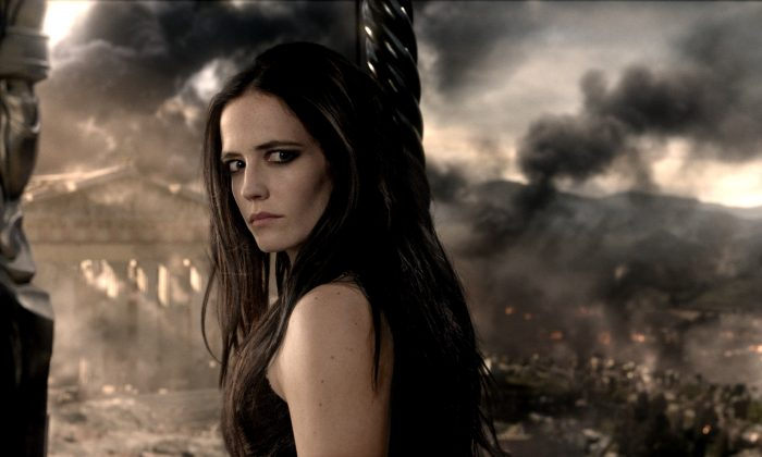 """Eva Green as the Persian general Artemisia in """"300: Rise of an Empire."""" (Warner Bros. Pictures)"""