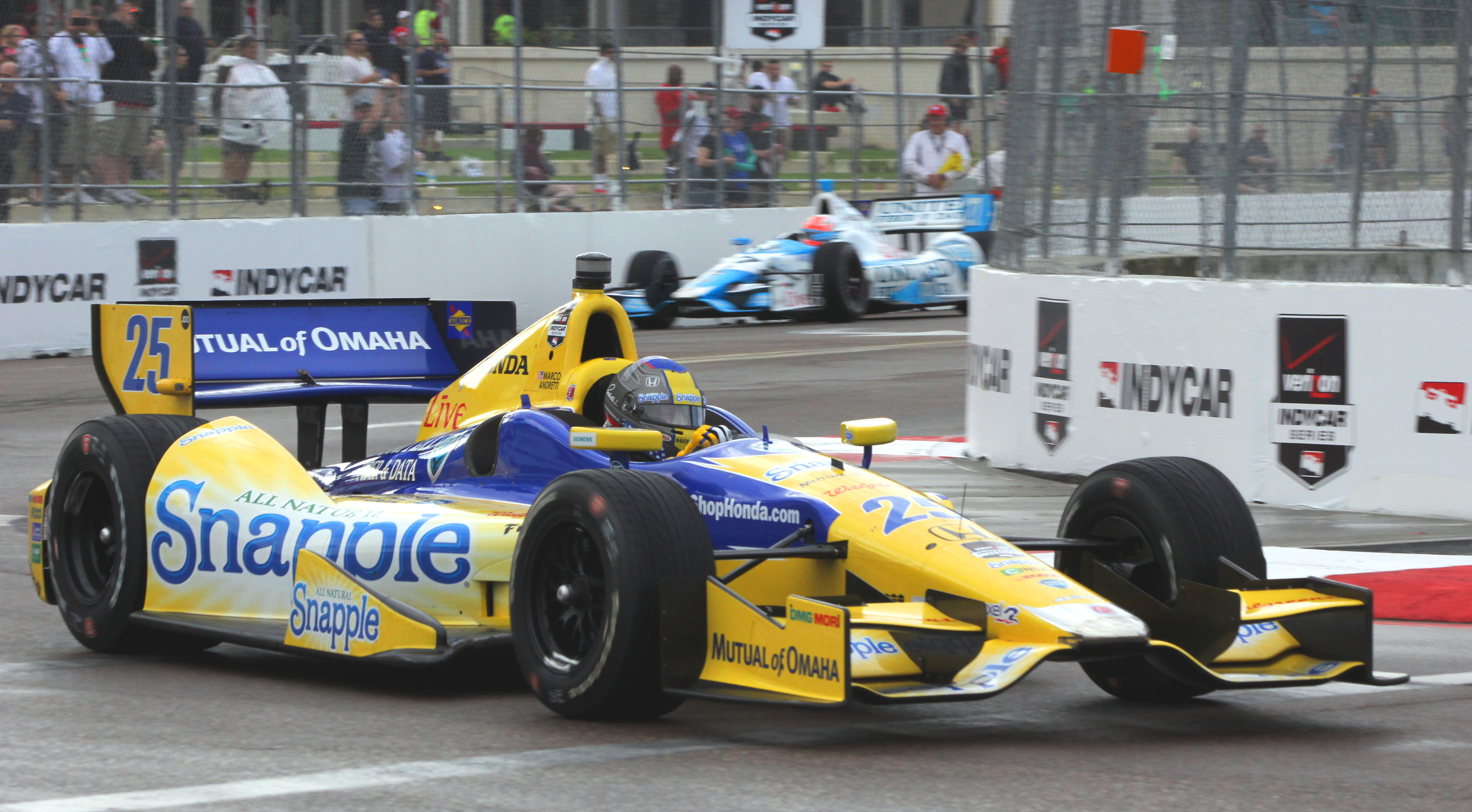 Marco Andretti in the #25 Snapple Andretti Autsport Dallara-Honda used the same set of red tires for Q2 and Q3, to save a set for race day. (Chris Jasurek/Epoch Times)