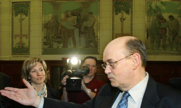 Former bureaucrat and whistleblower Allan Cutler appears as a witness at a Commons probe of the sponsorship scandal on Parliament Hill on March 11, 2004. Instead of being stigmatized and harassed, Cutler says whistleblowers should be treated with respect for doing the right thing in exposing wrongdoing. (CP Photo/Jonathan Hayward)