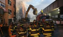 Responders Brave Freezing Winds as Search and Rescue Continues in NYC