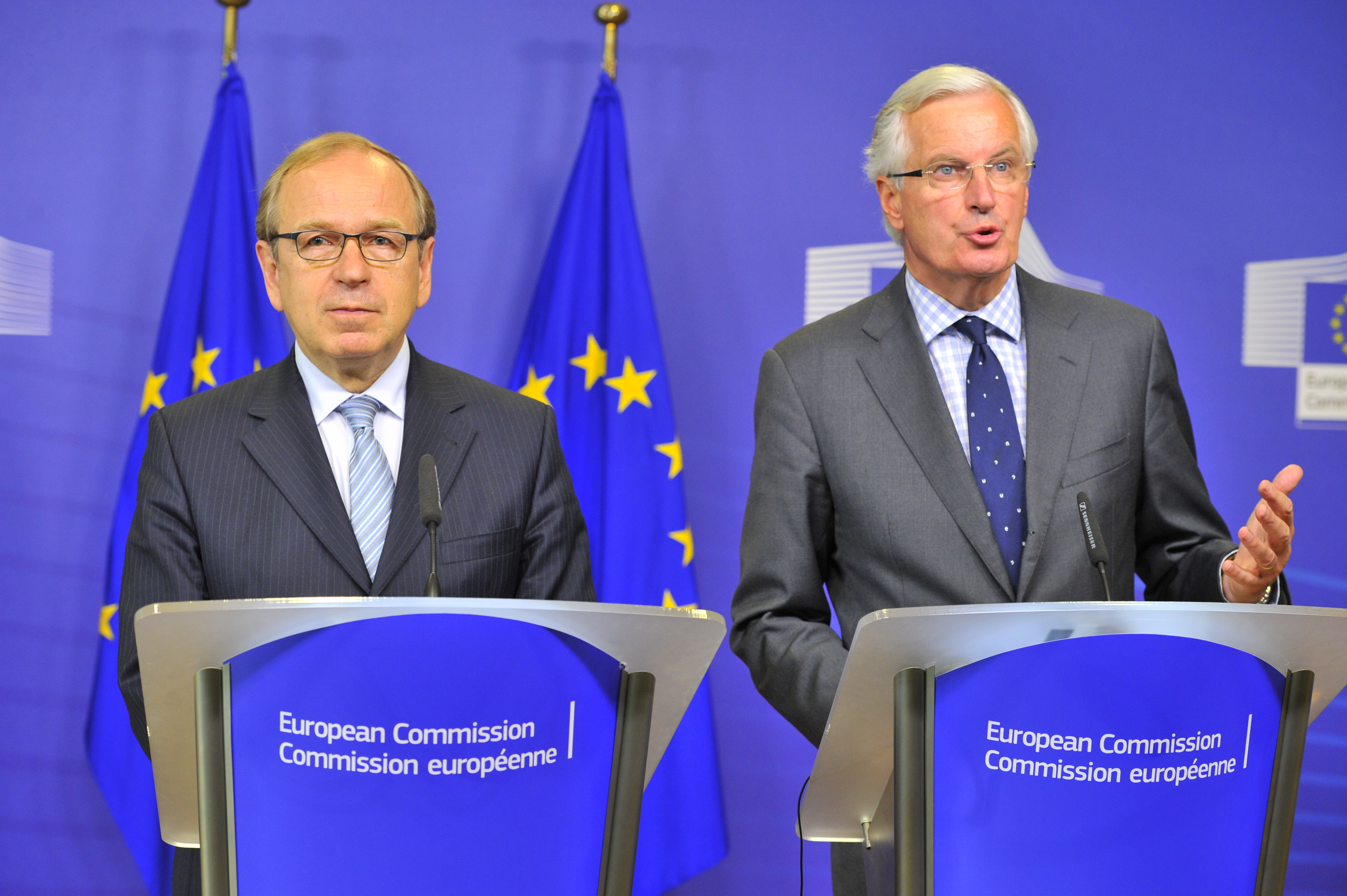 EU Commissioner for Internal Market and Services Michel Barnier (R) and the governor of the Bank of Finland, Erkki Liikanen, at a press conference in Brussels, Oct. 2, 2012. (GEORGES GOBET/AFP/GettyImages)
