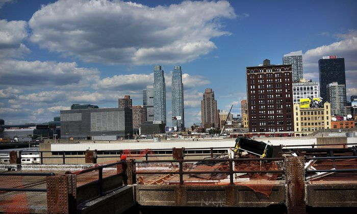 Construction at the Hudson Yards Redevelopment Project which is developing Manhattan's far West Side along the Hudson River, in New York on August 16, 2013. (Spencer Platt/Getty Images)
