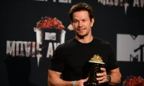 Mark Wahlberg Says Celebrities Shouldn't Make Political Comments