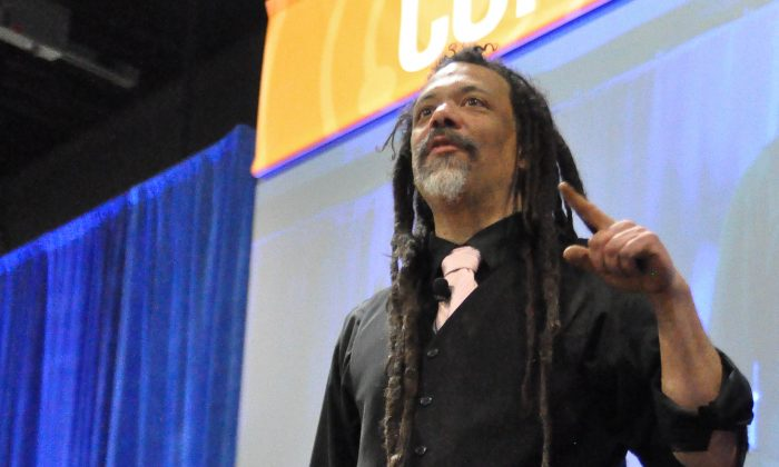"""Chris Hackett, host of the Science Channel's popular DIY show """"Stuck With Hackett,"""" speaks zombie apocalypse at the annual USA Science & Engineering Festival on April 27, 2014. (Tara MacIsaac/Epoch Times)"""